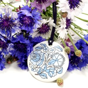 Kalocsai medál - kék virágos